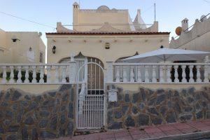 Affordable three bedroom detached villa for sale in San Miguel de Salinas