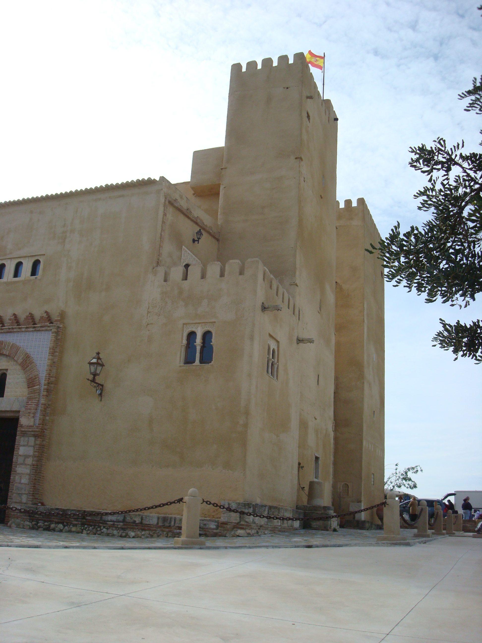 San Miguel de Salinas - Castillo de Conesa