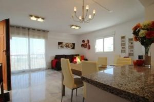2 dbl bed apartment for sale in heart of Villamartin