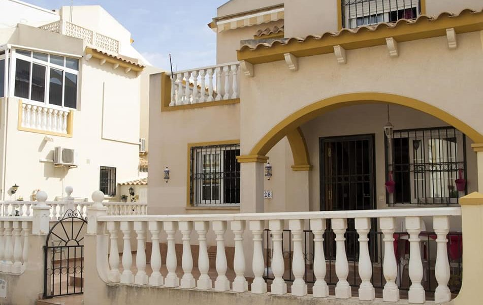 Two bedroom, two bathroom Playa Flamenca property for sale close to Saturday market