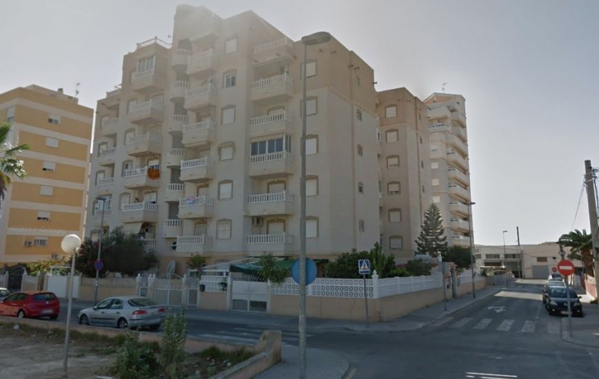 Cheap two bedroom, one bathroom apartment for sale in Torrevieja
