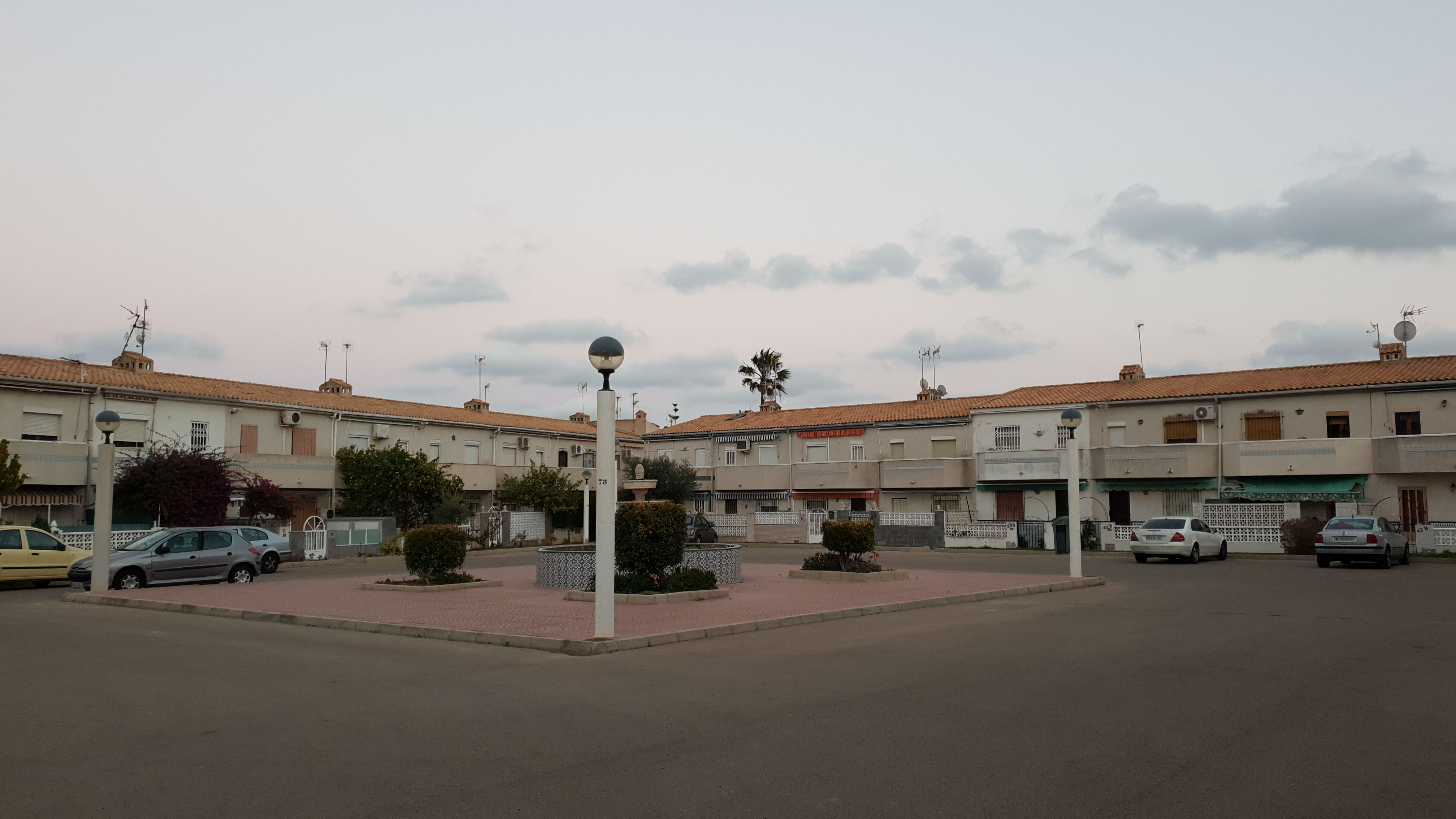 Two bedroom top floor apartment for sale in popular top floor Cabo Roig community