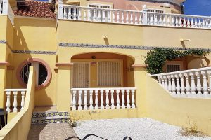 Fabulous two bedroom, two bathroom Battenburg property for sale in El Galan