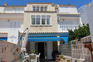 Immaculate three bedroom, three bathroom beachside N332 townhouse for sale in La Zenia