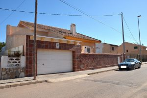 Spectacular six bedroom front line beach detached Spanish villa for sale in Los Urrutias