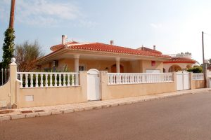 Frontline three bedroom detached villa in Spain for sale with private swimming pool