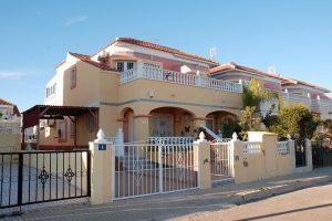 Three bedroom, two bathroom corner townhouse property for sale in La Zenia
